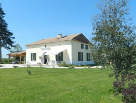Restored 18th century farmhouse with outbuildings and large garden