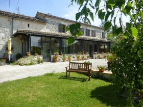 Restored farmhouse with 2 gites and 2 swimming pools