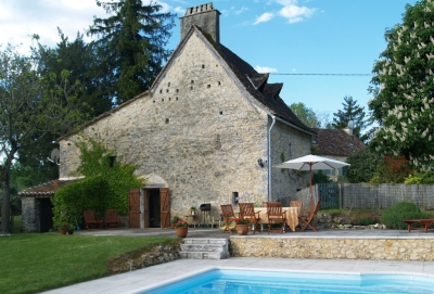 Sympathetically restored 17th century cottage with garden and swimming pool