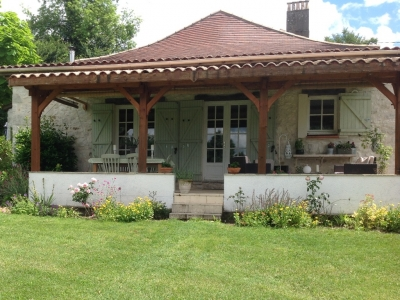 Restored 19th century farmhouse with gite, swimming pool and large garden