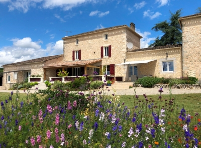Restored manoir with guest cottage, swimming pool and 3.5ha