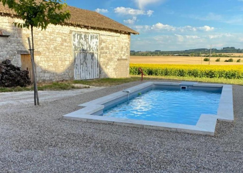 Restored perigourdine cottage with swimming pool