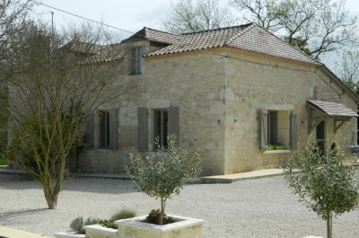 Immaculately restored 19th century farmhouse with gite and swimming pool