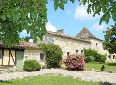 Sympathetically restored farmhouse with gite, swimming pool and 3.5ha