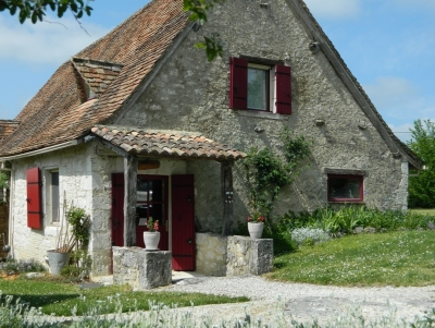 Restored cottage with integral gite and swimming pool