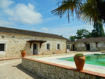 Restored farmhouse with gite, swimming pool, barns and 1.3ha