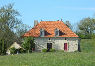 Successful chambres d'hotes with swimming pool, outbuildings and 5.7ha